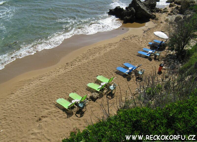 Pláž Agios Georgios – Řecko Korfu